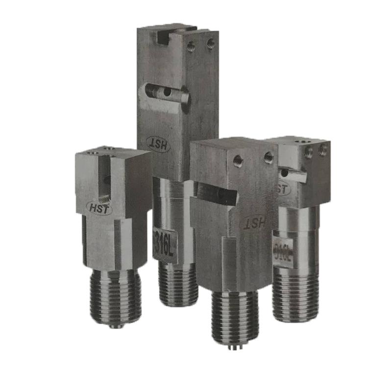 Gauges socket components for pressure gauge